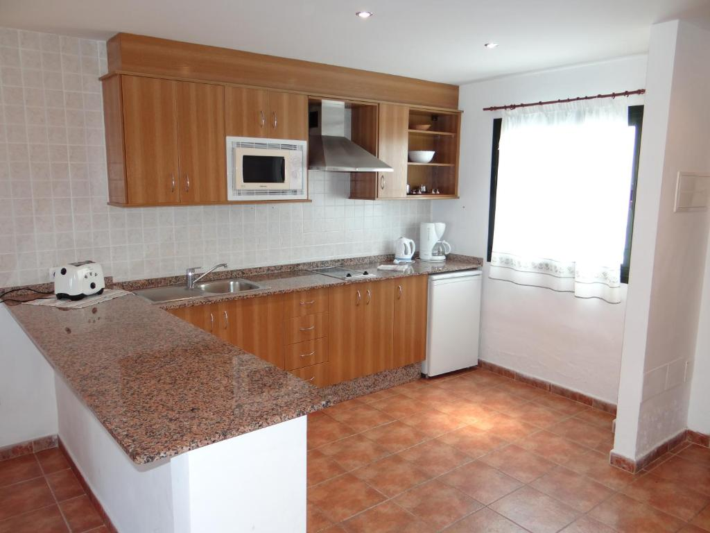 Apartamentos Lanzarote Paradise, Costa Teguise, Spain ...
