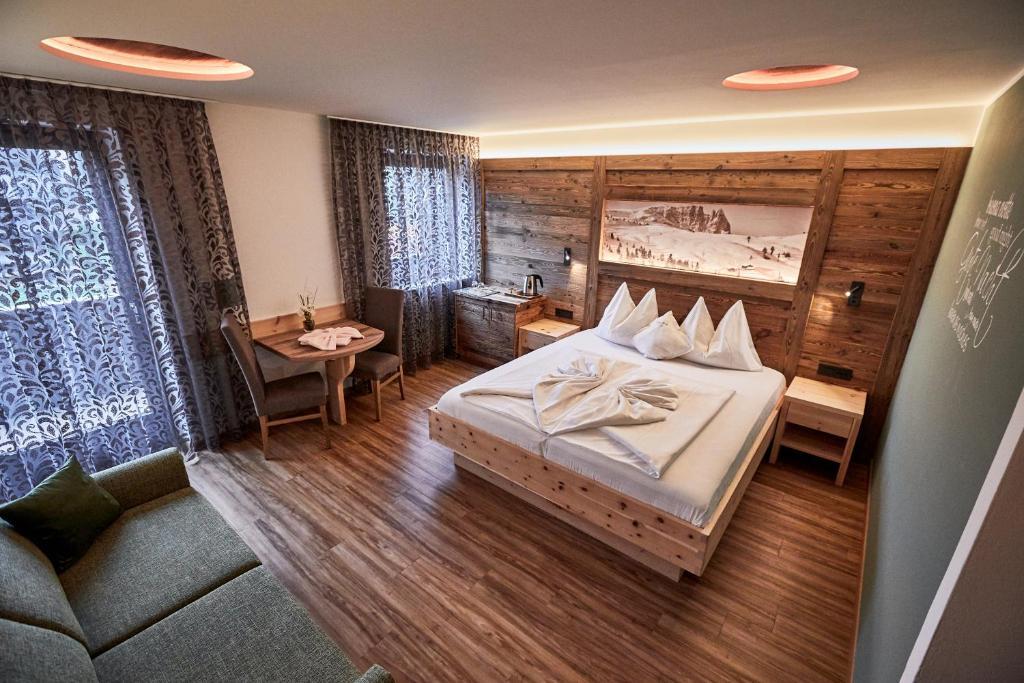 Hotel Garnì Savoy, Castelrotto – Prezzi aggiornati per il 2020