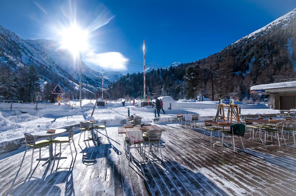 Gletscher-Hotel Morteratsch durante l'inverno