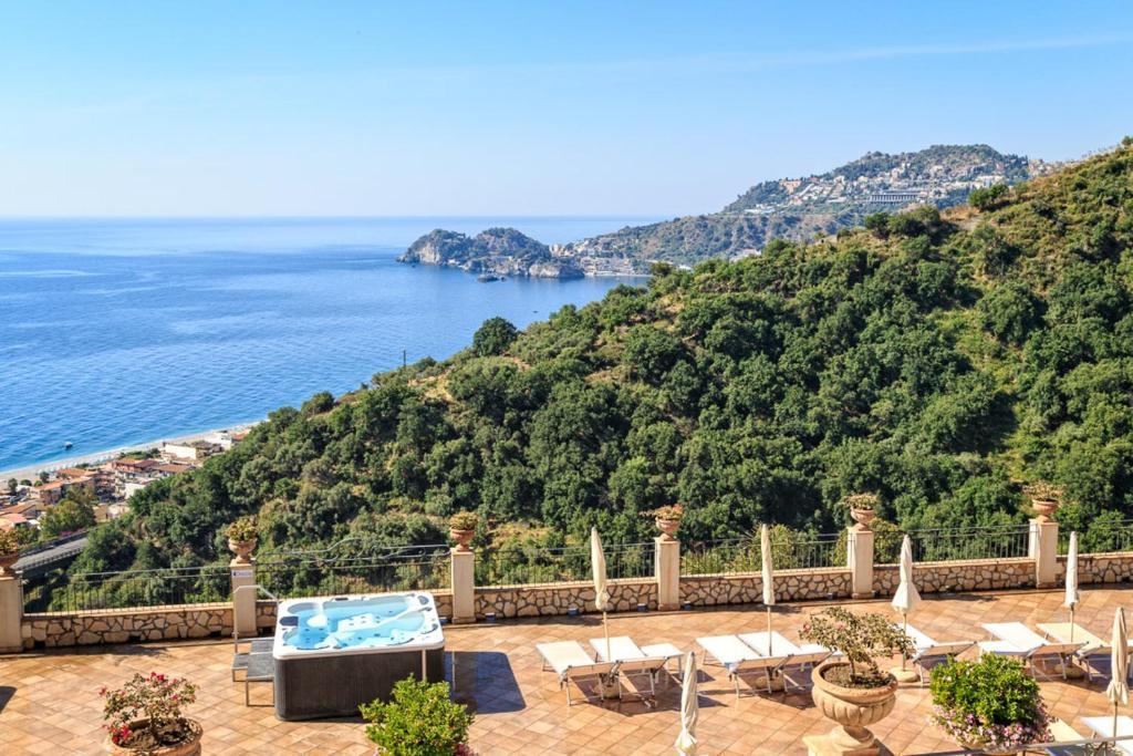 Hotel Olimpo Le Terrazze Letojanni Italy Booking Com