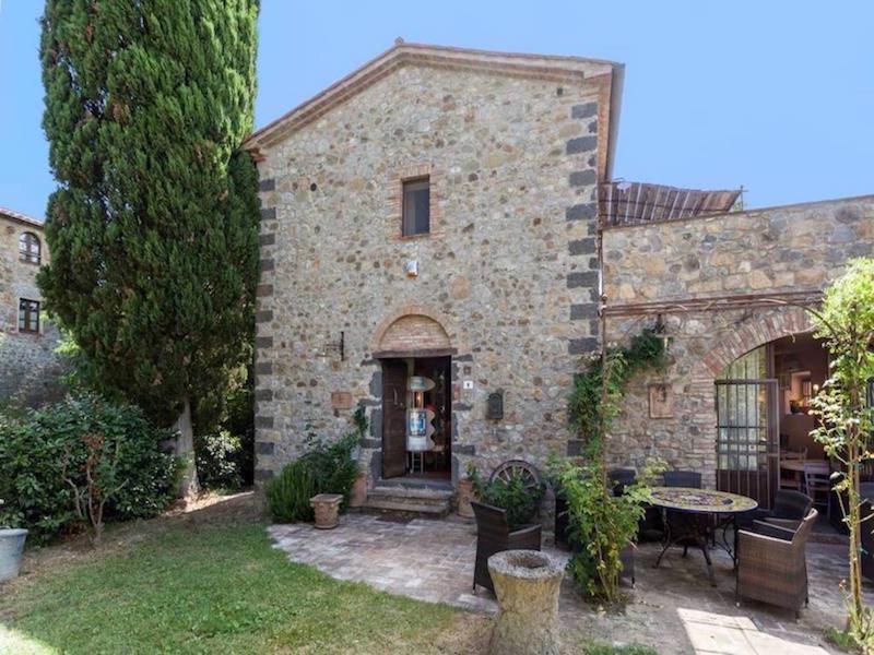 Borgo Santa Maria