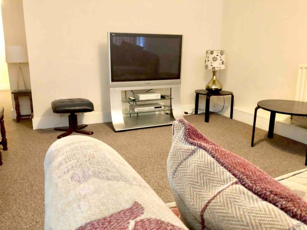 Apartment Ac Lounge 2 Rochford Southend Airport Uk