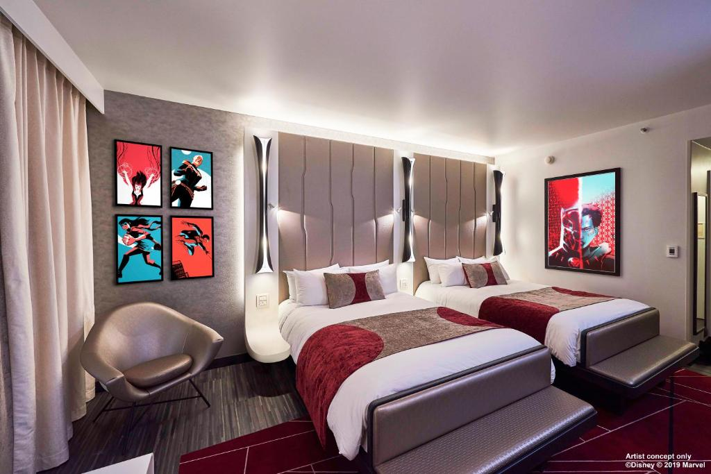 Disney's Hotel New York® - The Art of Marvel