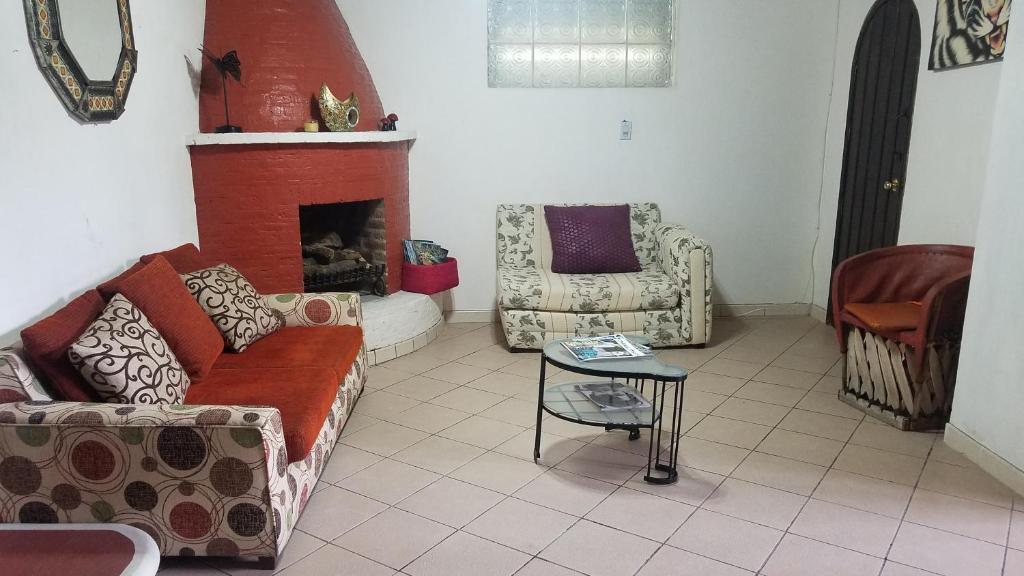 Bed And Breakfast Casa De Poppell Ajijic Mexico Booking Com