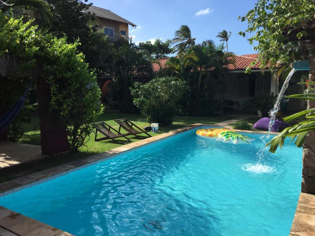 The swimming pool at or close to Bada Hostel & Kite School Cumbuco