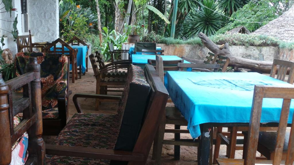 A restaurant or other place to eat at Irente Farm Lodge