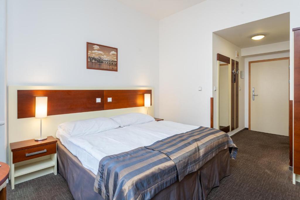 Hotel Gloria Tschechien Prag Bookingcom