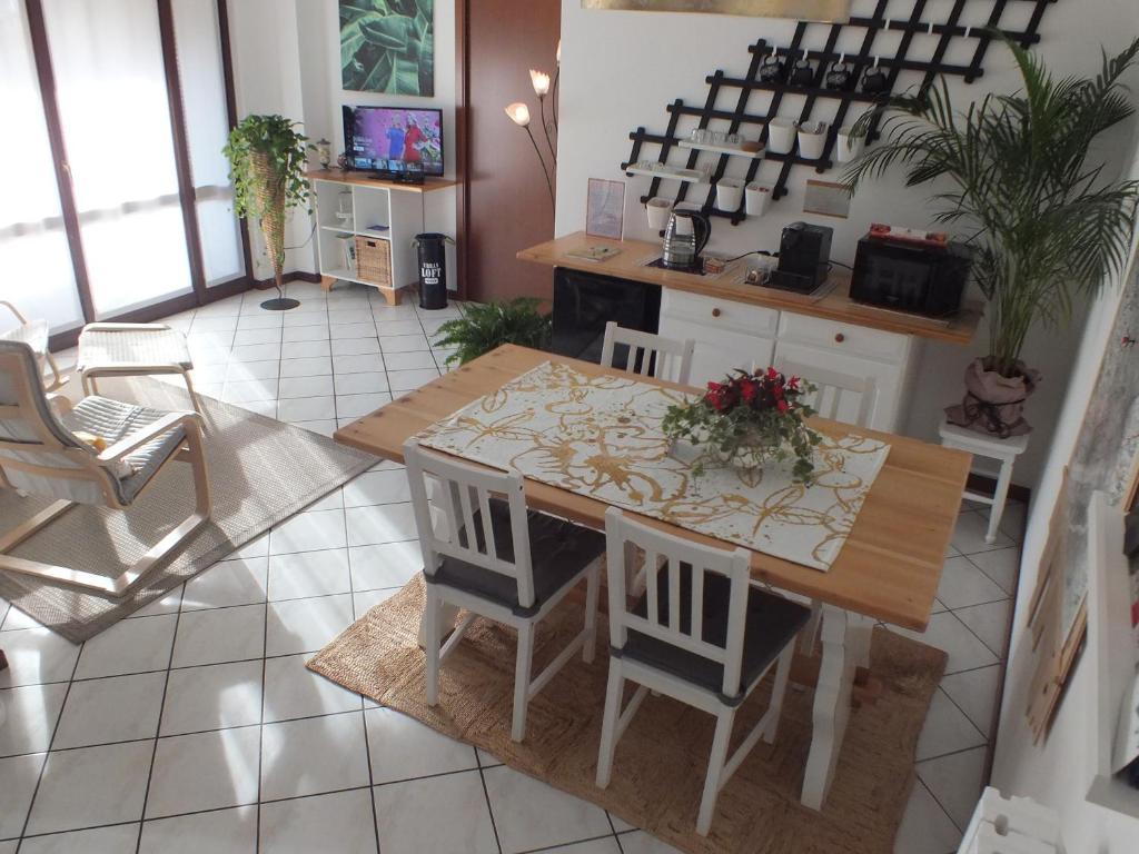 Arredare Casa Gratis Online al crocevia b&b, barzago – updated 2020 prices