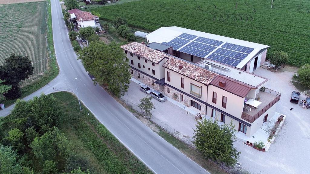 Vista aerea di La Selce Farmhouse