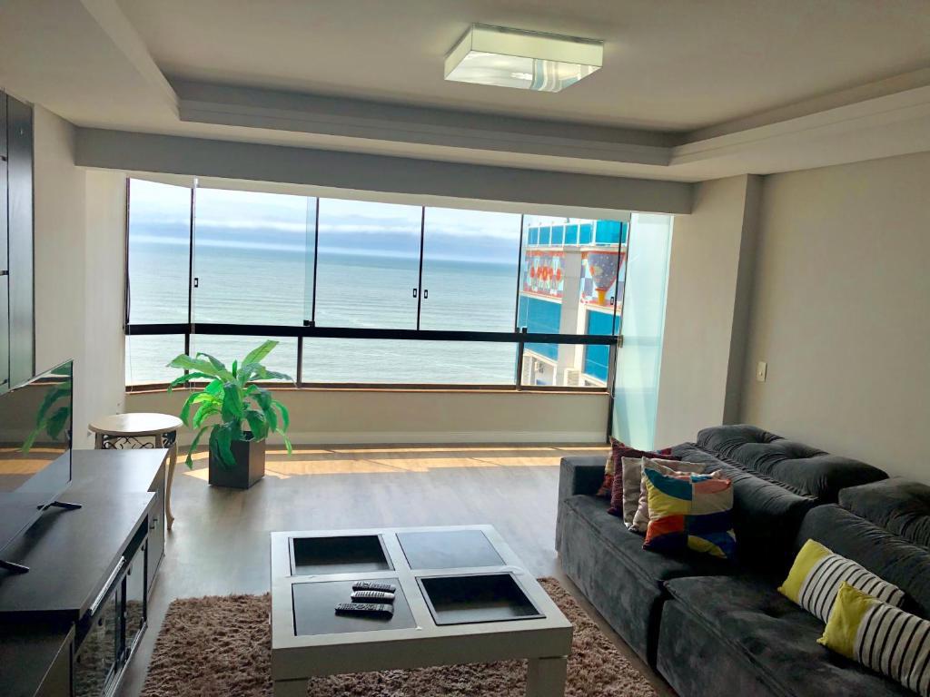 A seating area at Apartamento Pablo Picasso