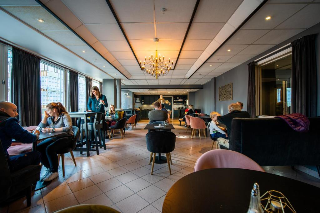 Letto A Castello Tromso.Enter Amalie Hotel Tromso Prezzi Aggiornati Per Il 2020