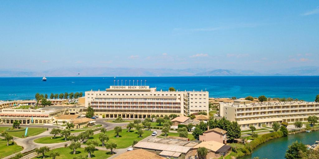 Messonghi Beach Holiday Resort с высоты птичьего полета