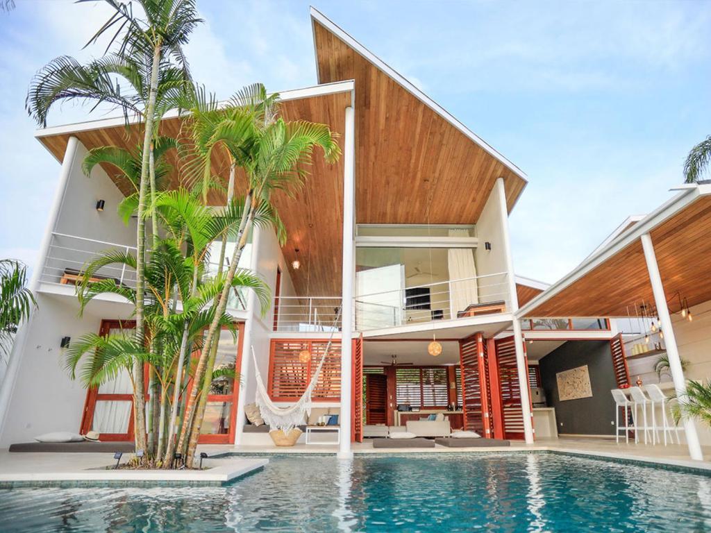 Private luxury villa for 4 guests by Night : Casa Noa (Costa ...