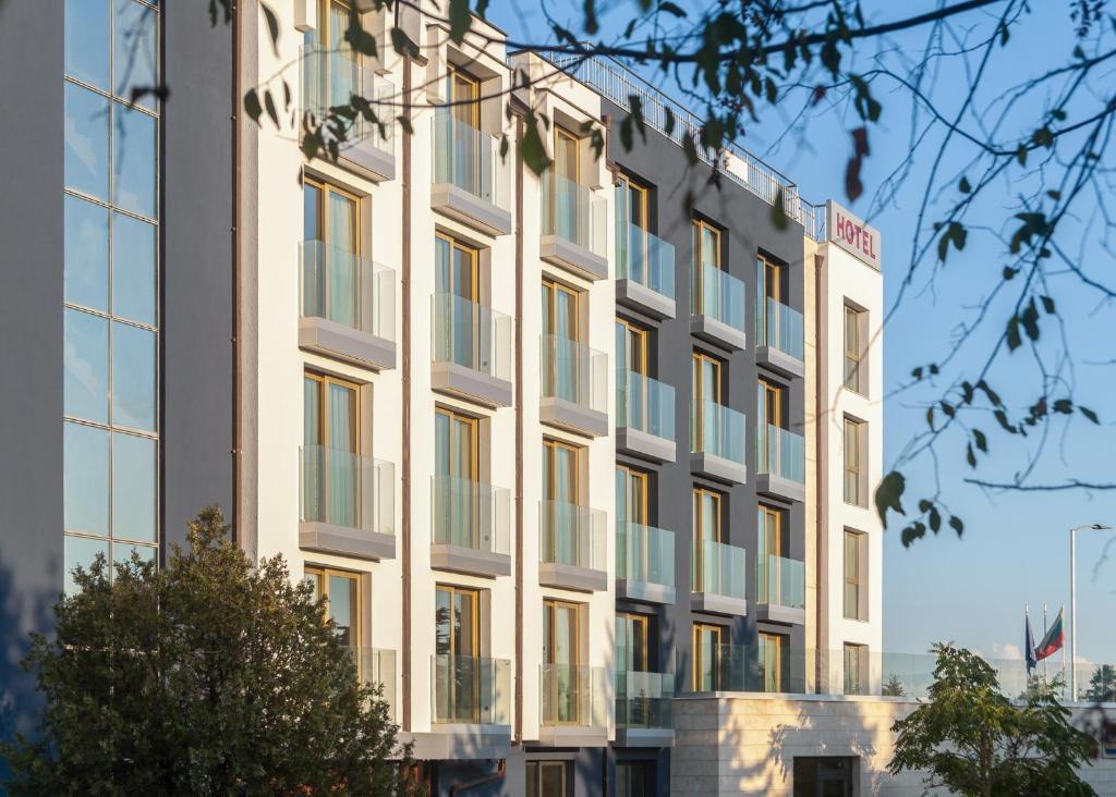 Hotel Amiral Bivsh Best Western Park Hotel Varna Obnoveni Ceni