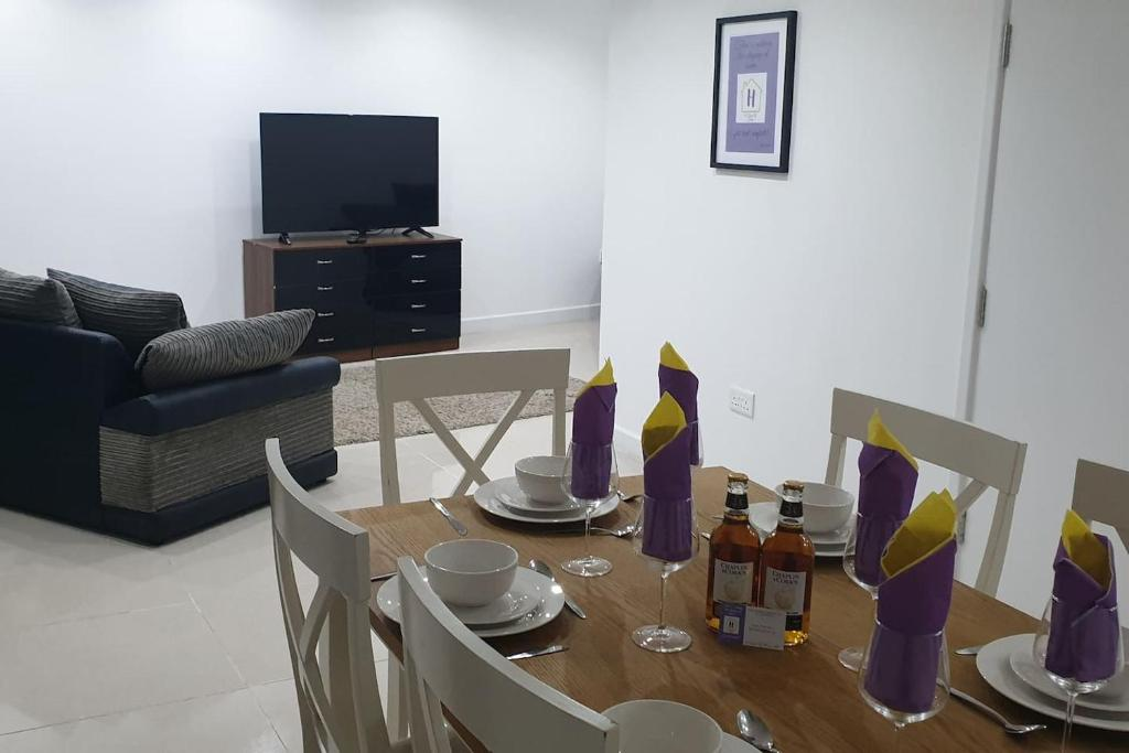 A Touch Of Home 3 Bed Cottage Curry Rivel Uk Bookingcom