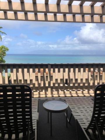 A balcony or terrace at Kahana Sunset