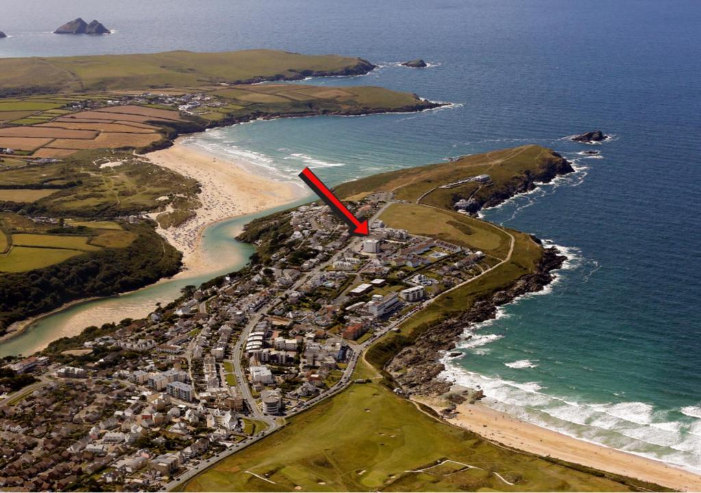 A bird's-eye view of Pentire Hotel