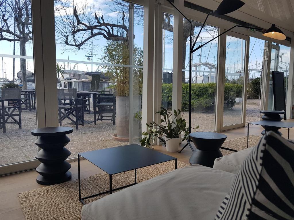 Hotel Mercure Port La Grande Motte France Booking Com
