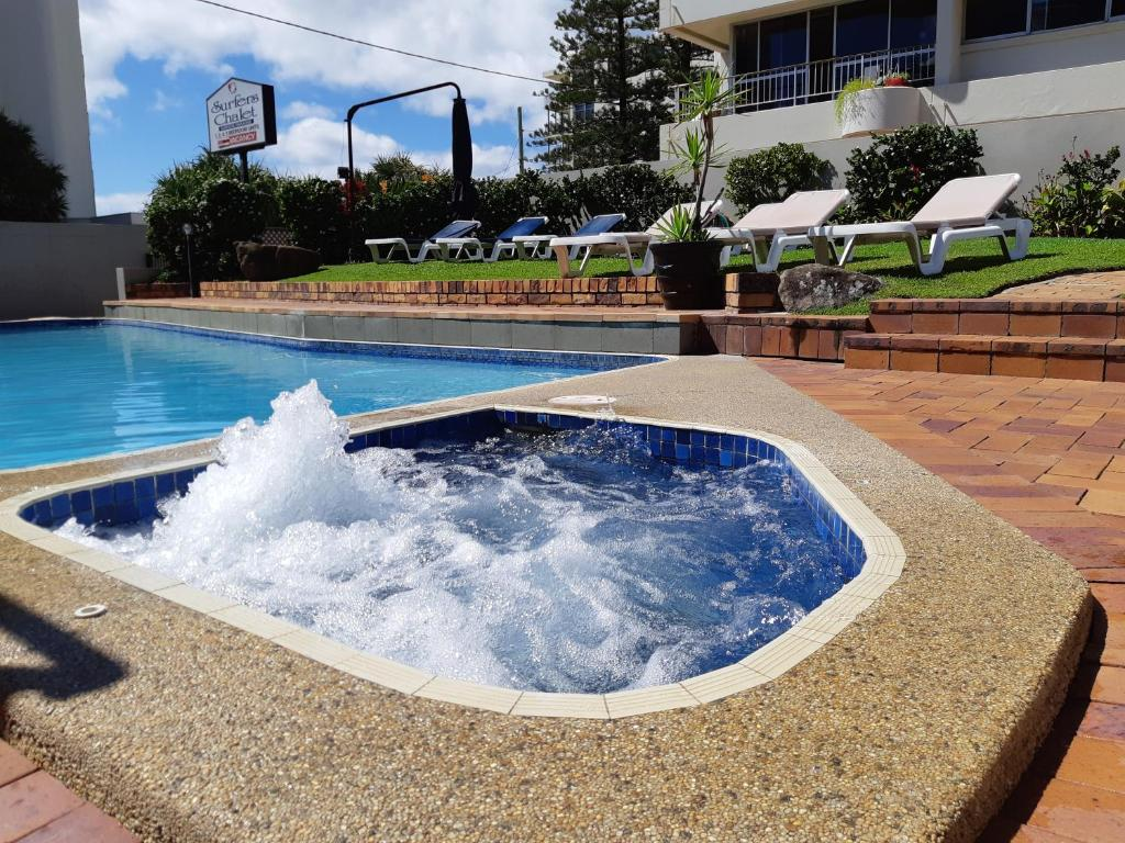 The swimming pool at or near Surfers Chalet