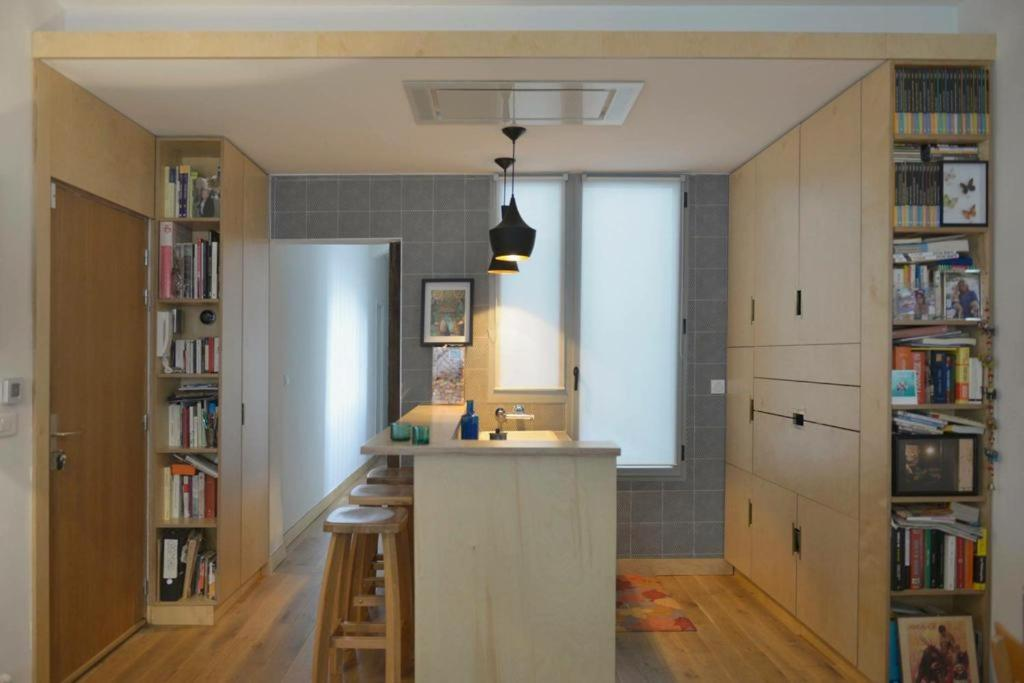 A kitchen or kitchenette at NICE FLAT VERY CENTRAL
