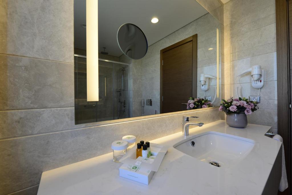 Ванная комната в Holiday Inn Bursa - City Centre