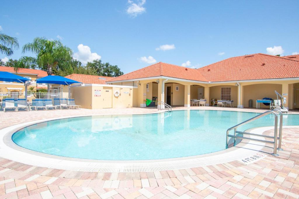 The swimming pool at or close to Hapimag Orlando - Lake Berkley Resort