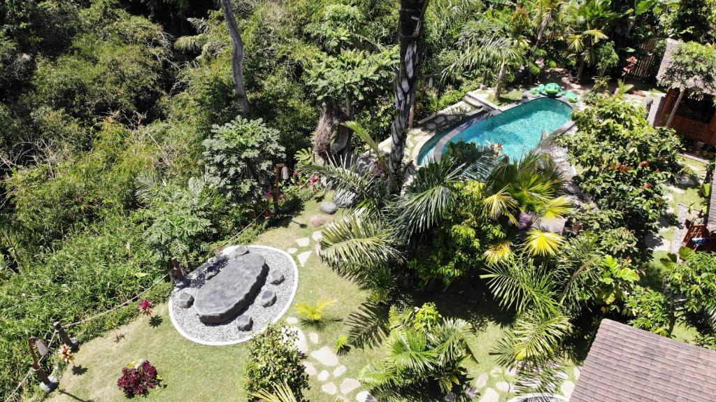 A bird's-eye view of Mirah Guest House by Gangga