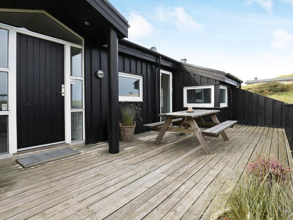 Five-Bedroom Holiday home in Pandrup 2