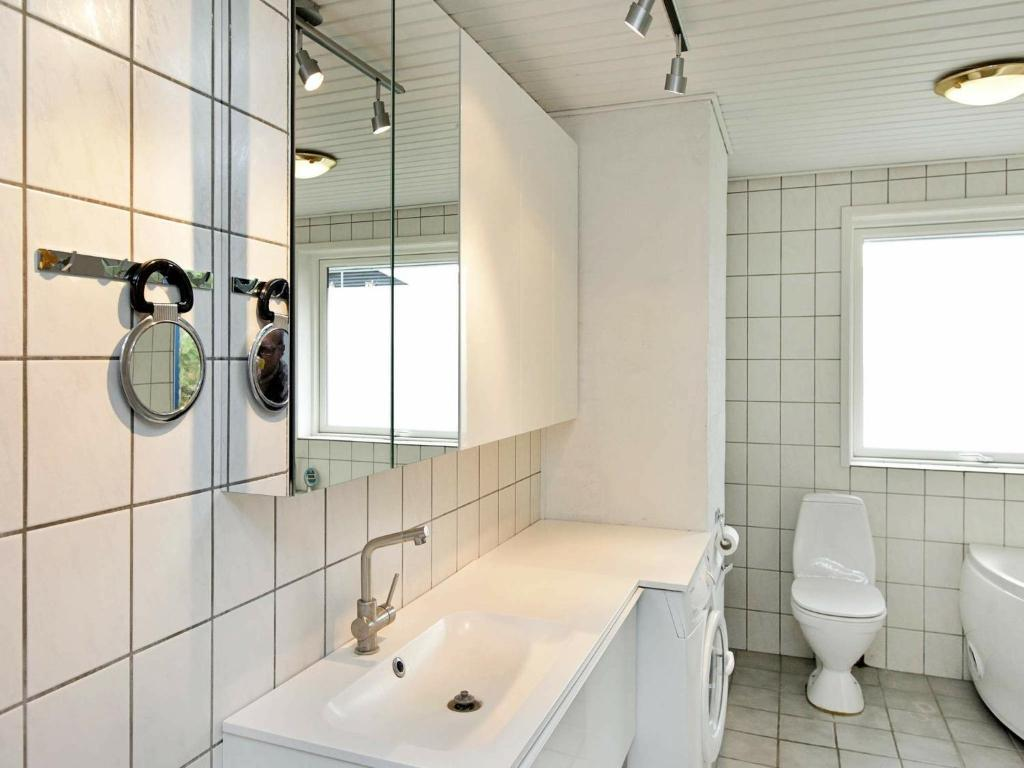 Five-Bedroom Holiday home in Faaborg 1