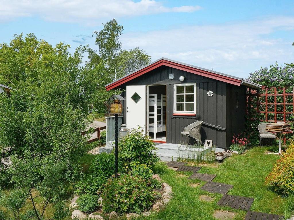 Flygfoto ver bostadshus i Hagby. - Kalmar lns museum