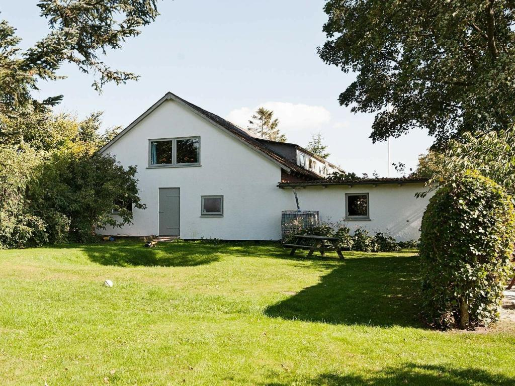 Eight-Bedroom Holiday home in Grenaa
