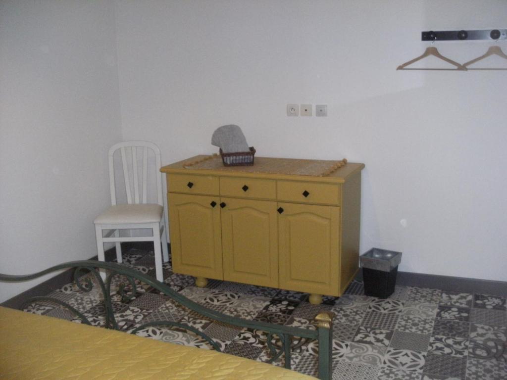 Centre De Table Ancien grange dans ancien corps de ferme, bellengreville – updated