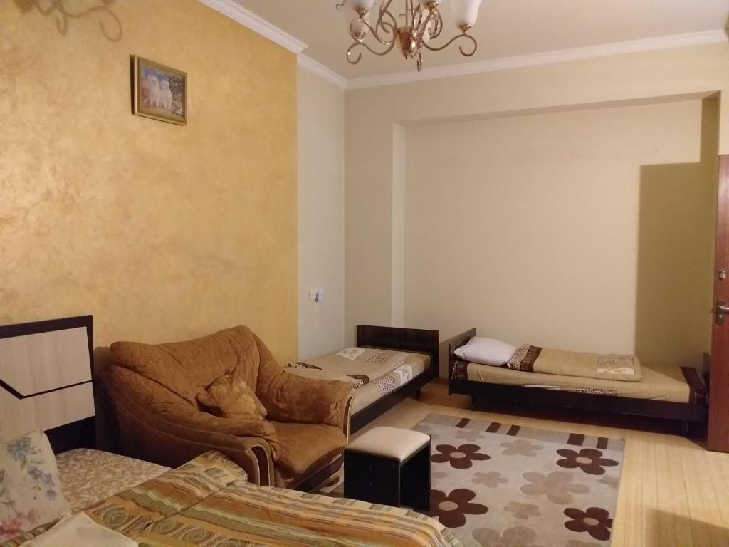 2 Bedroom Apartment Double Bed 5