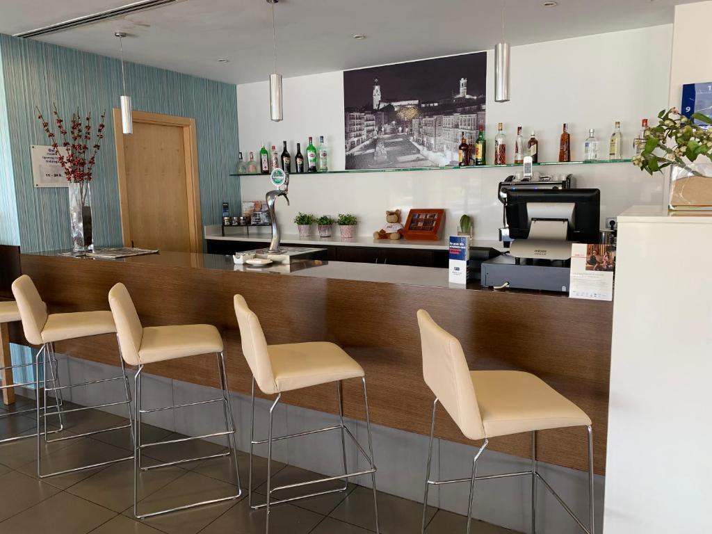 Holiday Inn Vitoria (España Vitoria) - Booking.com