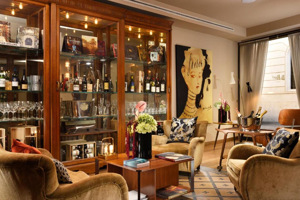 The lounge or bar area at Hotel De' Ricci - Small Luxury Hotels of the World