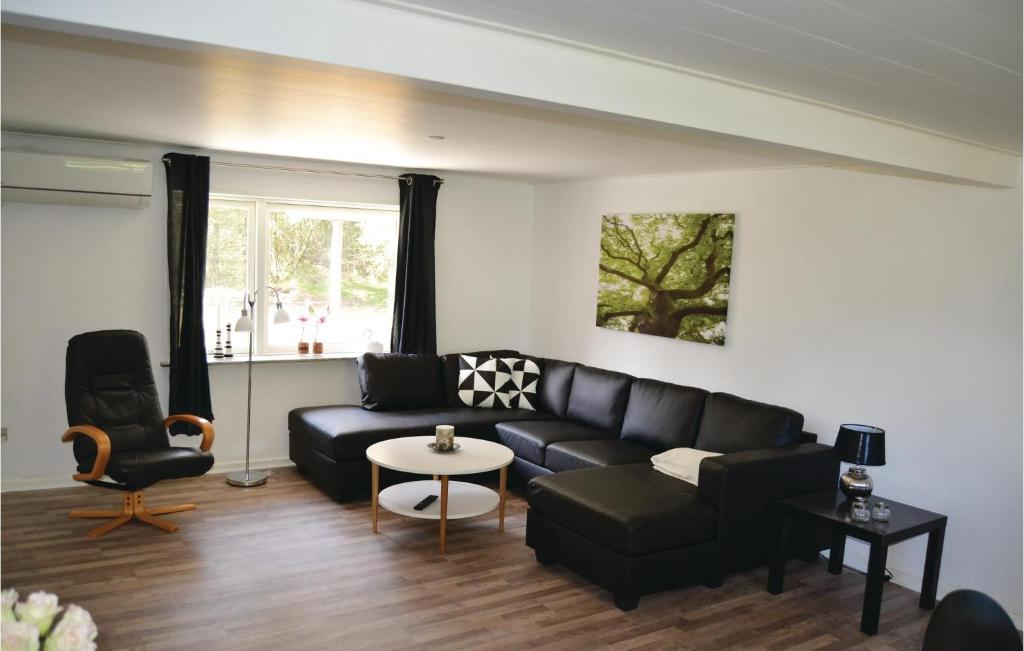 Five-Bedroom Holiday home with a Sauna in Bindslev