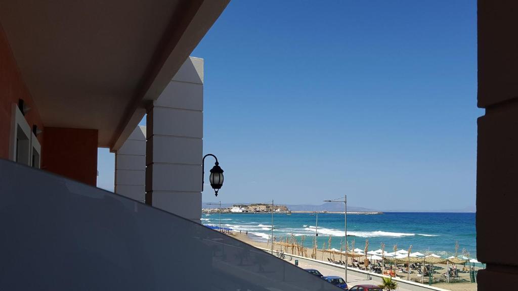 Een algemene foto of uitzicht op zee vanuit het aparthotel