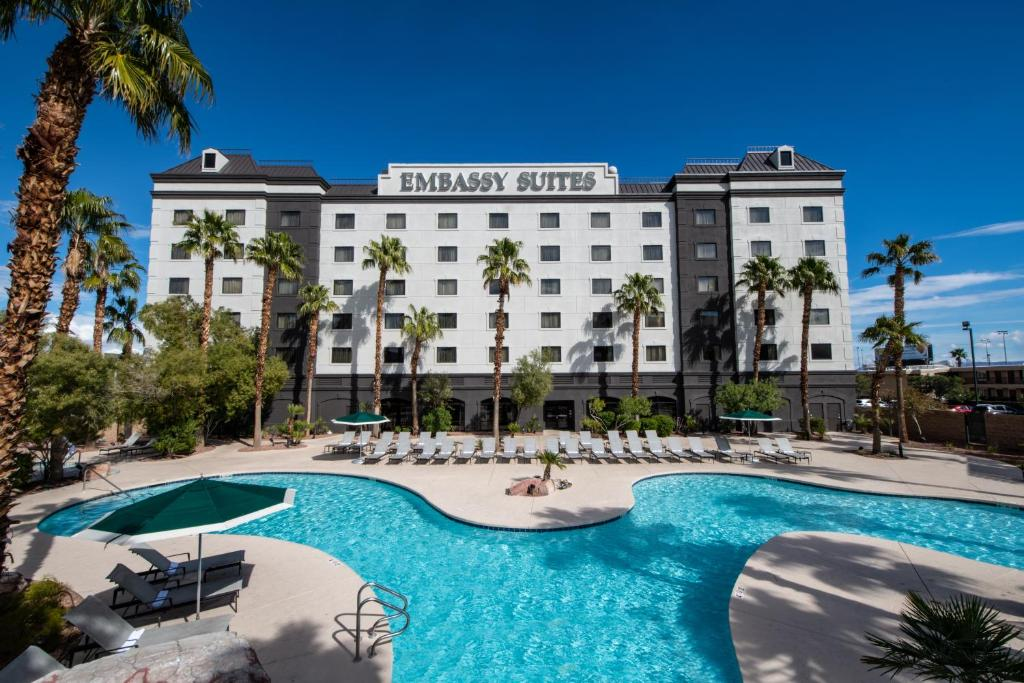 The swimming pool at or near Embassy Suites Las Vegas