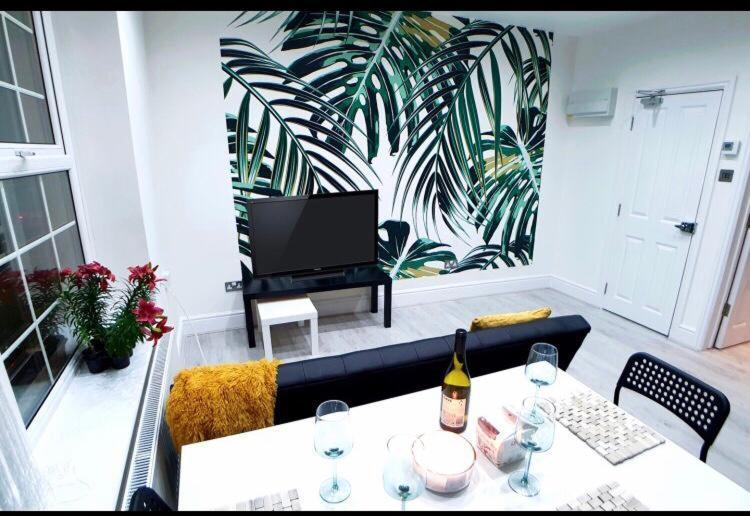 Stunning Croydon Apartment