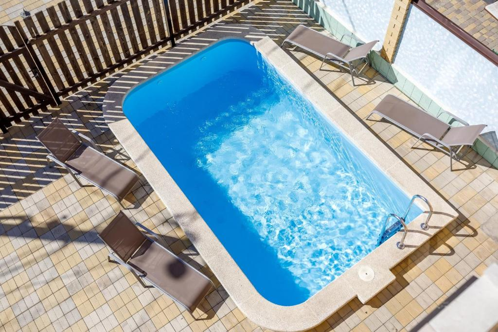 A view of the pool at Guest House Klever or nearby