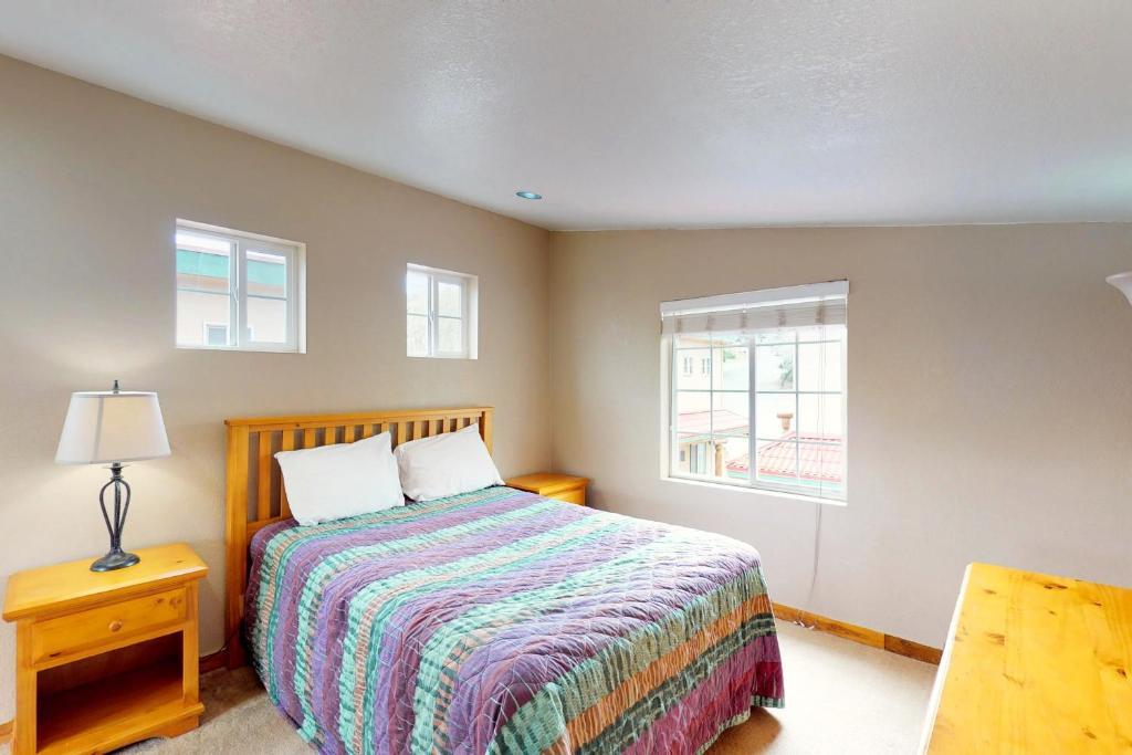 A bed or beds in a room at Lago Del Sol Villas