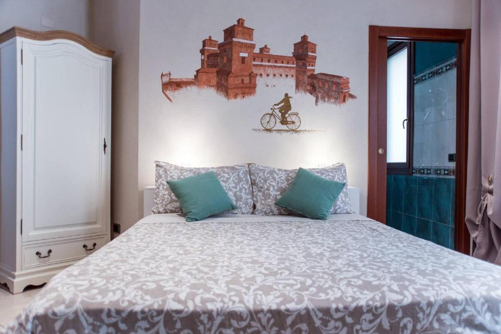 Letto A Castello A Ferrara.A Due Passi Dal Castello Ferrara Prezzi Aggiornati Per Il 2020