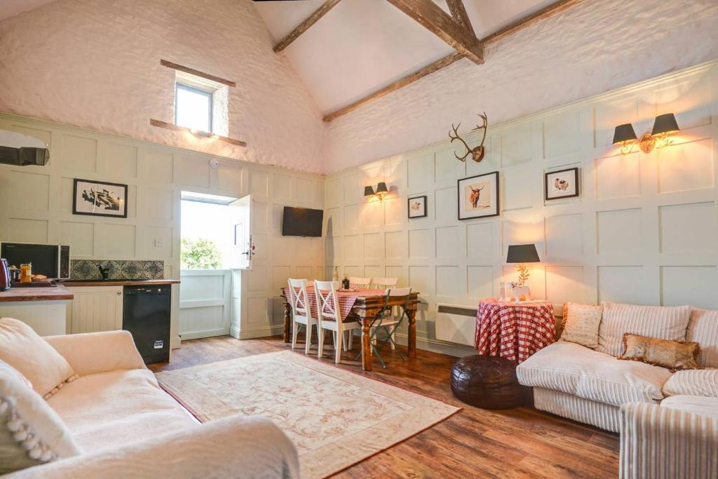 Luxury Cotswold Coach House