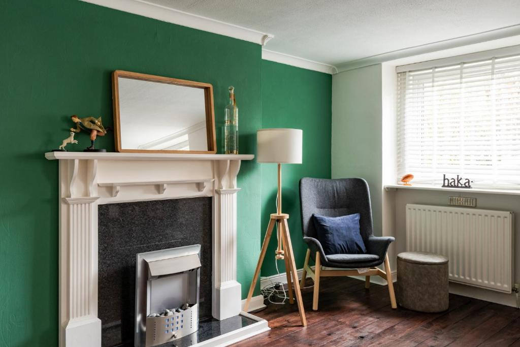 Gorgeous 2 Bed Near Greenwich For 6 Guests By Guestready