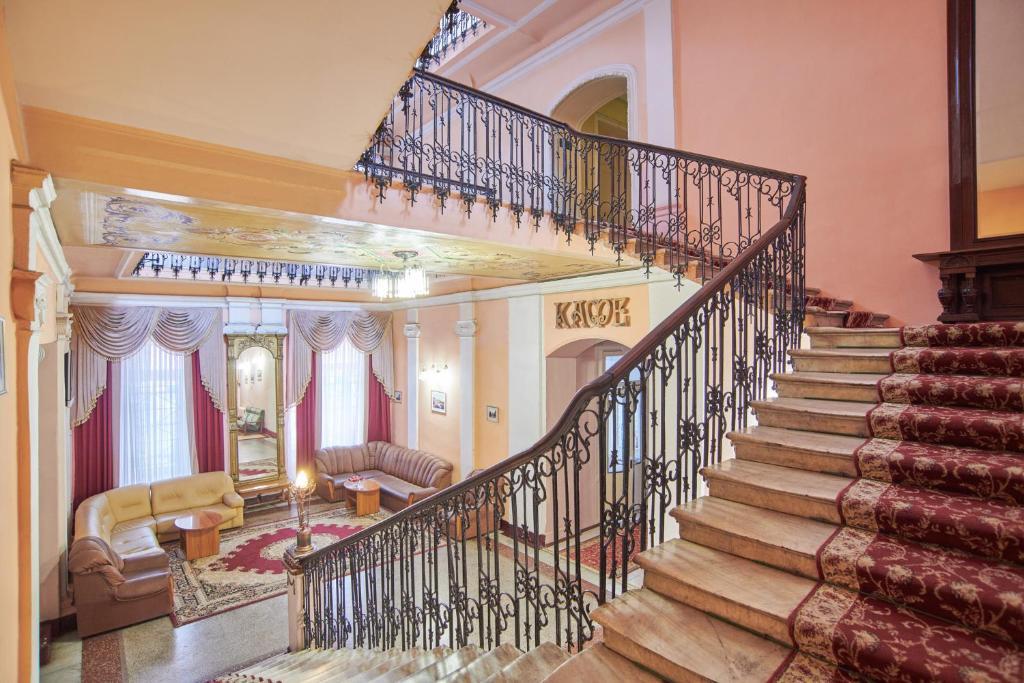 A balcony or terrace at Tsentralnaya Hotel