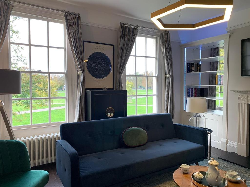 The Midsummer Common - Modern & Spacious 2Bdr House With Garden