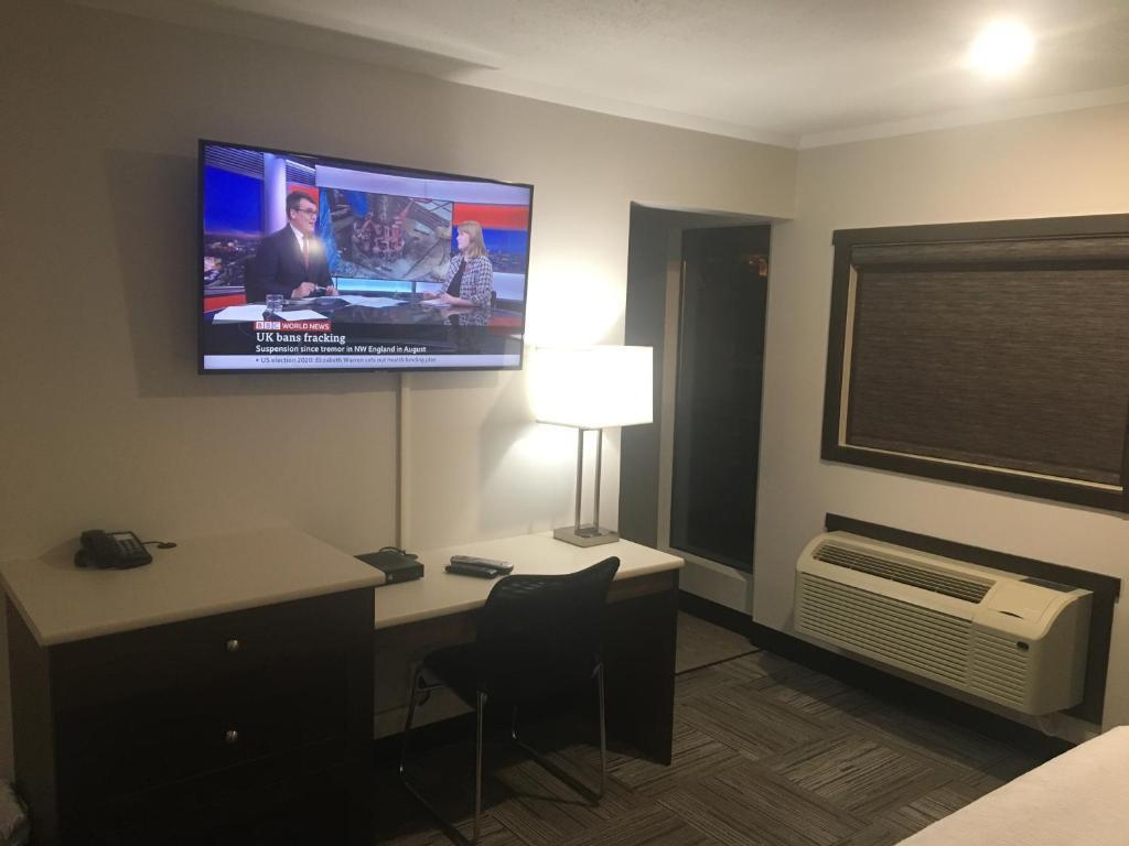 Homestead Air Show 2020.Homestead Inn Suites Vanderhoof Canada Booking Com