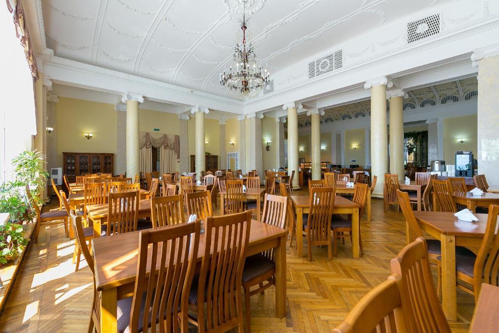 Ресторан / где поесть в Санаторий «Металлург»