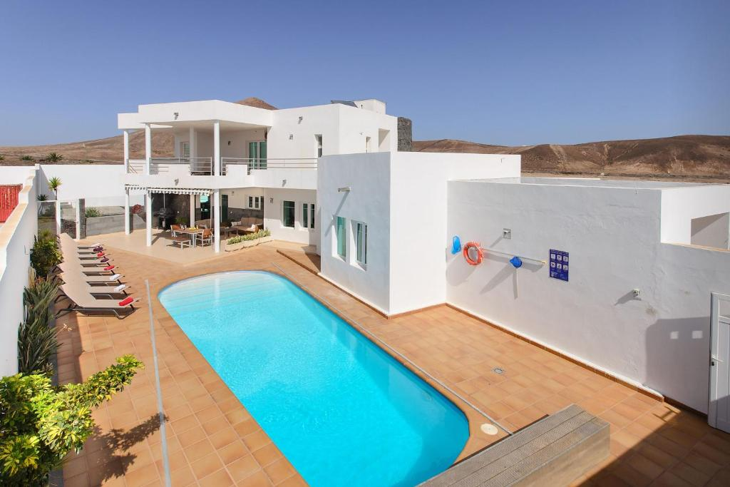 Las Perseidas, Costa Teguise – Updated 2019 Prices
