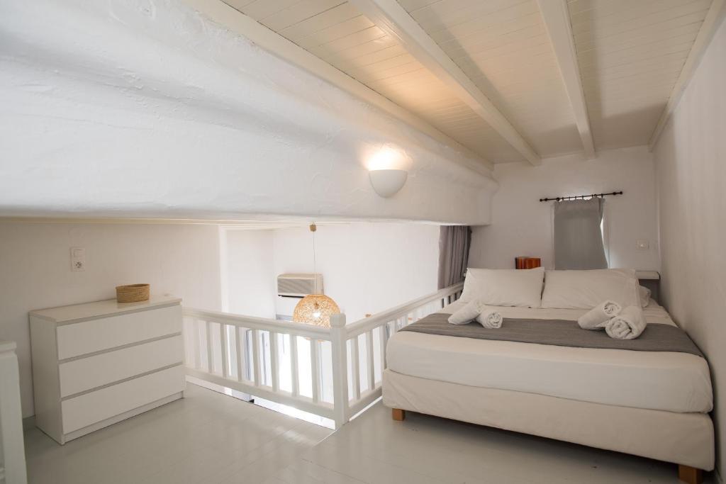 227071266 - Onde se hospedar em Mykonos: Como escolher um hotel bom e barato na ilha mais cara da Grécia - mykonos, ilhas-gregas, grecia